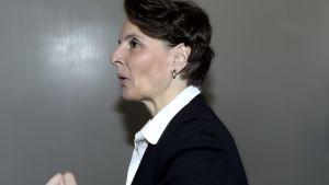 Anne Berner, kommunikationsminister
