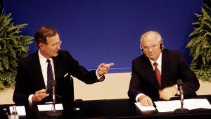 George Bush och Mihail Gorbatsov i Helsingfors 1990.