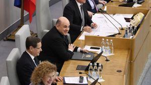 Lagändringarna som Putin föreslog förra veckan antogs i underhuset Statsduman efter bara två timmars debatt