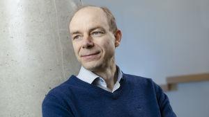 Porträtt på Mikko Pihlatie.