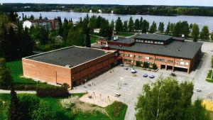 Ilmakuva Sylvään koulusta Sastamalassa.