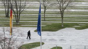 Sorgflaggning efter Brysselattackerna.