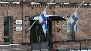 Sorgflaggning vid Nlands brigad.