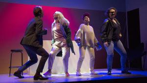 Foto från Egenmäktigt förfarande på Lilla Teatern.