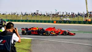 Max Verstappen kör in i Sebastian Vettel.