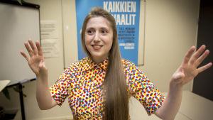 Julie Breton on Ranskasta Suomeen muuttanut Monihelin järjestökoordinaattori.