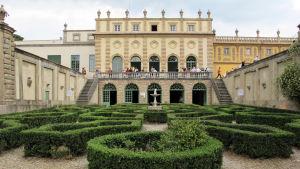 Den vackra byggnaden i Florens i Italien som inhyser European University Institute.