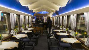 En av restaurangvagnarna i Trans Europ Express-tåget Rheingold. Bilden tagen i april 2015.