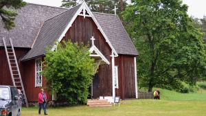 Träkyrkan på Själö byggdes 1733.