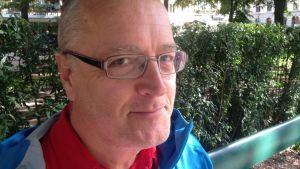 Karensdagen märks tydligt i lönekuvertet, säger Ulf Walsö.