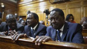 Oppositionsledaren Raila Odinga väntar på domstolens beslut om presidentvalets giltighet i augusti 2017