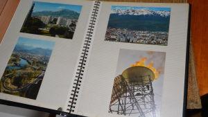 Foton från Grenoble i ett fotoalbum, bland annat med den olympiska elden från de olympiska vinterspelen 1968.