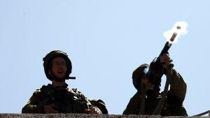 Inte en enda israelisk soldat dödades eller skadades medan 16 palestinier dödades och över 1 400 skadades