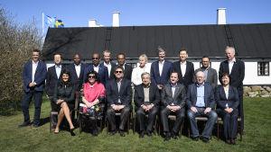 FN:s säkerhetsråd samlade till gruppbild utomhus.