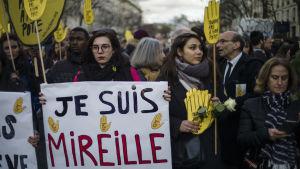 Manifestation i Paris till minnet av den mördade judiska pensionären Mireille Knoll