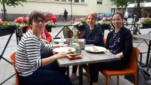 Linda Krokfors, Johanna Jansson och Mari Emmes.