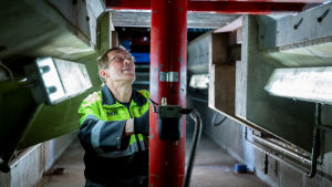 Kuljetuspalveluyritys Speed Depot Hollolan yli 60-vuotias työntekijä Esko Parikka, Hollola, 13.11.2018.
