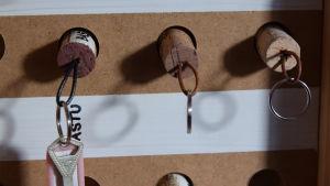Nycklar i ett skåp