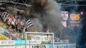 VPS fans på derby i Seinäjoki 2018.
