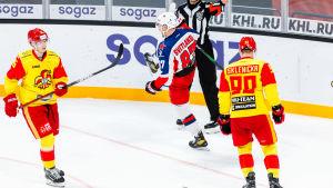 Andrej Svetlakov firar mål mot Jokerit.