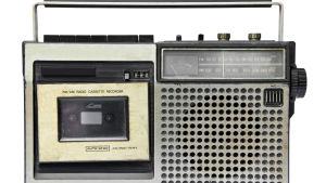 Äldre kassettbandspelare