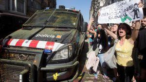 Demonstranter i Barcelona.