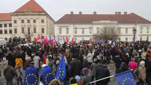 Demonstration 10.2.2019 i Budapest, sammankallad av den ungerska oppositionen. Protesten riktas mot premiärminister Viktor Orbáns politik.