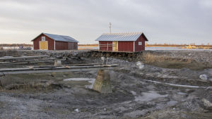 Svedjehamnin satamassa odotellaan, koska päästään ruoppaamaan.