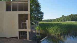 Finnbogi Pèturssons hus ska släppa in tidvattnet.