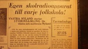 Ett gammalt tidningsurklipp.