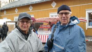 Paret Hollsten på julmarknad i Pargas