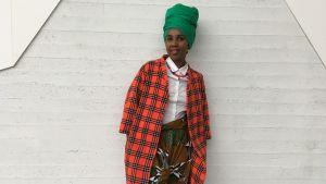 Liz Ngeqwa är kläddesigner bosatt i Finland.