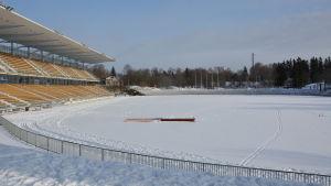paavo nurmis stadion i vinterväder