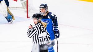 Riikka Sallinen i VM-turneringen i Esbo.