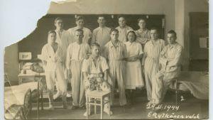 potilaita sotasairaalassa jatkosodan loppuvaiheilla
