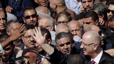 Palestinier ska ha nya samtal