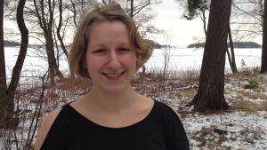 Rebecca Mattsson på seminaium om unga vuxnas möjlighet att försörja sig på landsbygden och i skärgården.