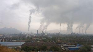 Fabriker i Lanzhou.  Kina släpper ut mest växthusgaser i världen