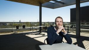 Mikael Ehn är biträdande professor i fysikalisk atmosfärskemi vid Helsingfors universitet.