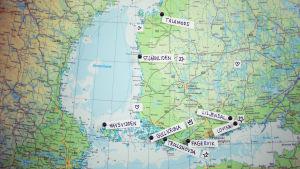En karta över Finland med orterna Tålamods, Stjärnliden, Gullkrona, Havsvidden, Trollshovda, Liljendal, Fagervik och Lovisa utmärkta.