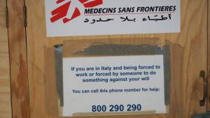 Hjälpnummer för offer för människohandel.