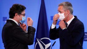Ukrainas utrikesminister och Natos generalsekreterare