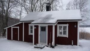 En stuga som finns i Snäcksund i Ekenäs, Vinter