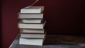Kirjoja