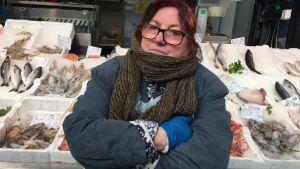 Fiskhandlaren Laura tänker rösta på rasistiska partiet Lega.