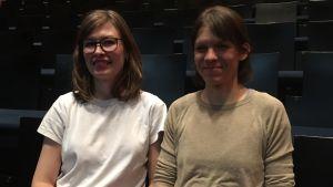 På bild visuella konstnären Heta Kuchka och koreografen Sanna From.