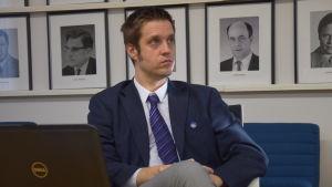 Niko Kannisto är förvaltningsdirektör i Sjundeå.