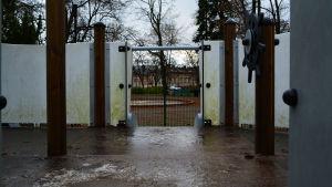 Slitna redskap i Muminparken i Borgå.