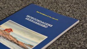 En bild på en bok med titeln Morgondagens skärgårdsbo.