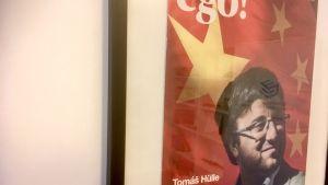 Tomáš Hülle på ett tidningsomslag med rubriken Ego